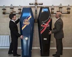 Pompes funèbres Turpin - Argenteuil - Des cercueils aux couleurs de son équipe de football en Argentine